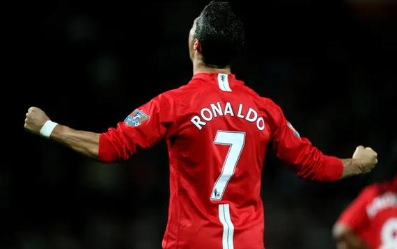 Ronaldo breaks record for jersey sales